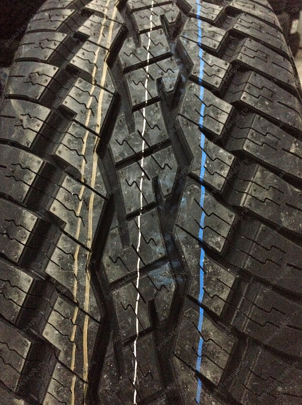 Toyo Open Country AT Plus 205/70 R15 96S