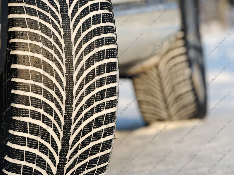 Michelin Latitude Alpin 2 235/55 R18 104H XL