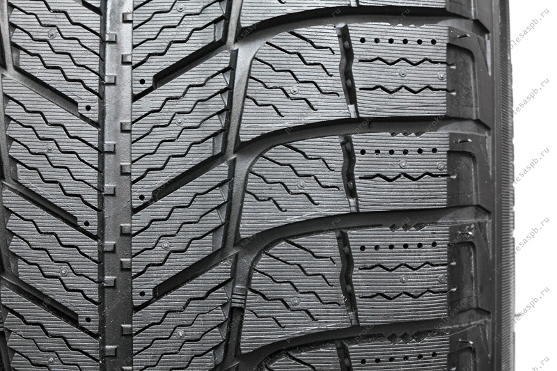 Michelin X-Ice 3 235/55 R17 99H