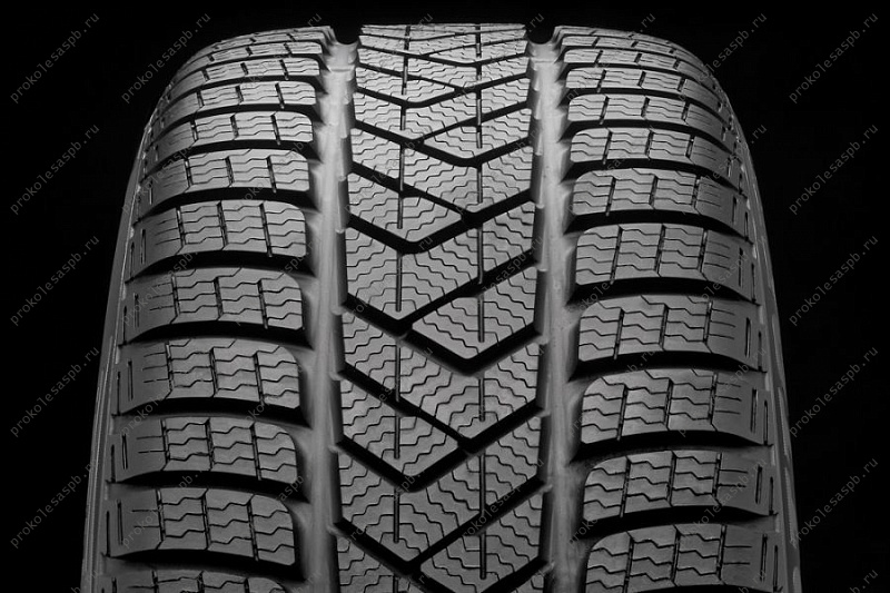 Pirelli Winter Sottozero 3 245/45 R18 100V XL