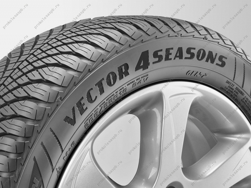 Goodyear Vector 4 Seasons GEN2 215/60 R17 96H